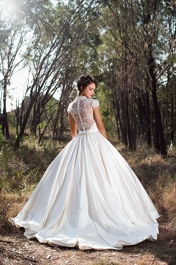 10 stunning wedding gowns you'll love