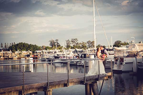 sanctuary-cove-golf-and-country-club-bride-groom
