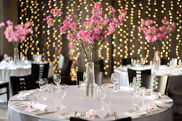 cherry-blossom-wedding-table-setting