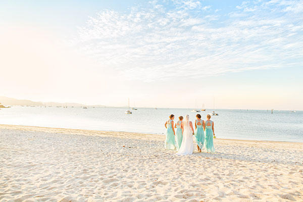 amber-garry-wedding-beach