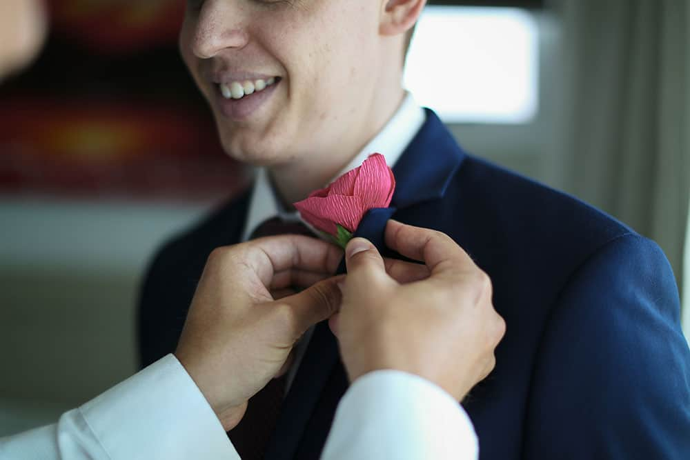 Pinning on the buttonhole