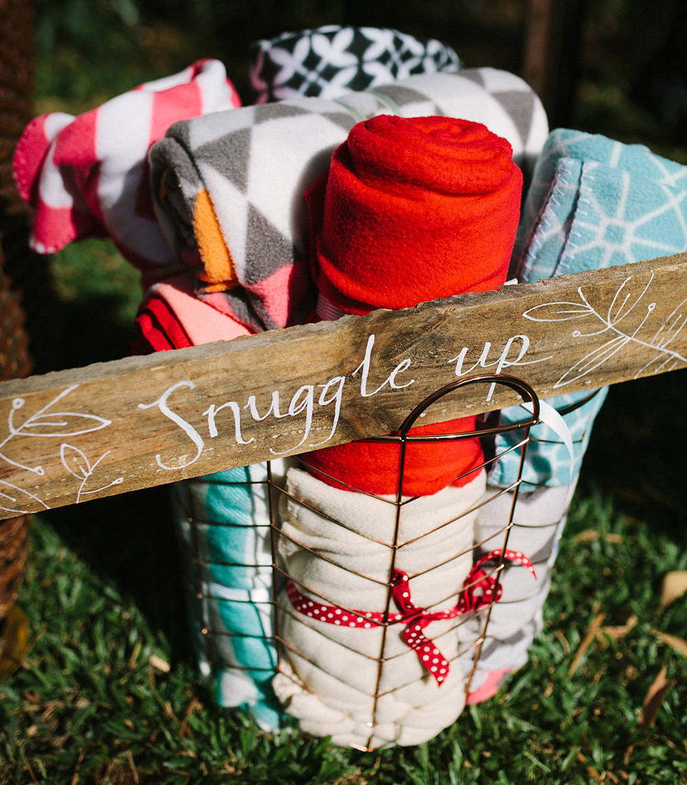 Snuggle-up-blanket-basket-from-the-wedding-of-Sophie-and-Clint