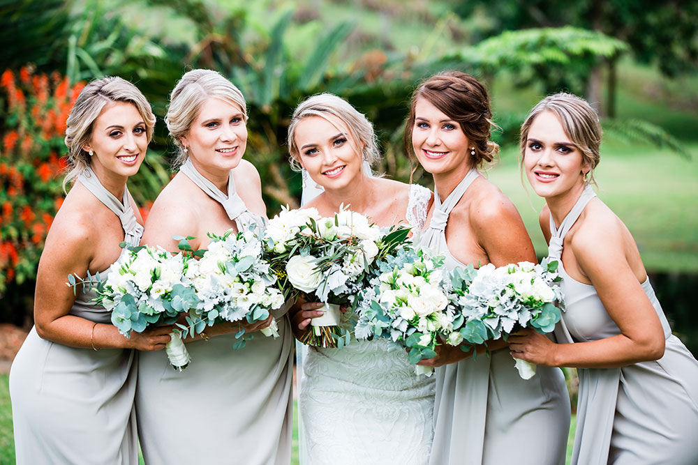 Carrie ad her bridesmaids