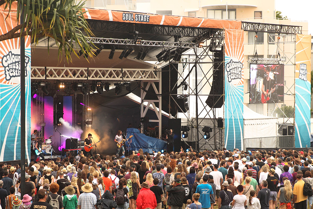Caloundra-Music-Festival-image-by-Isablel-van-Heeckeren-stag-party-feature-Winter17