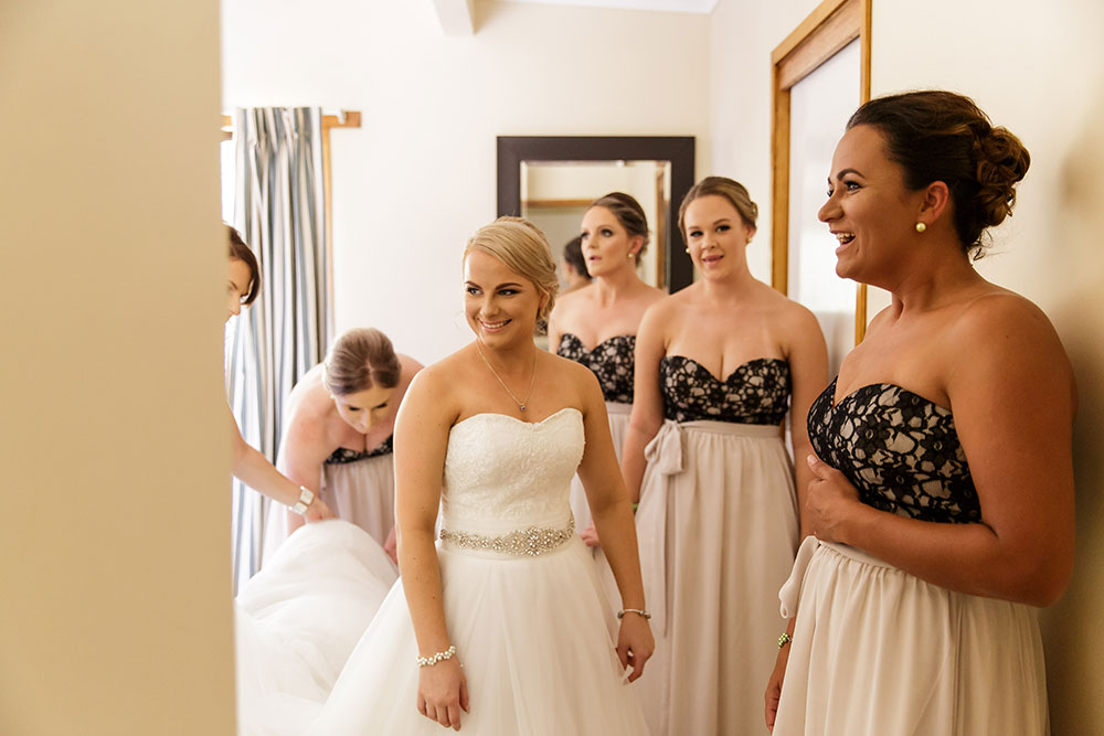 Talia and her bridesmaids