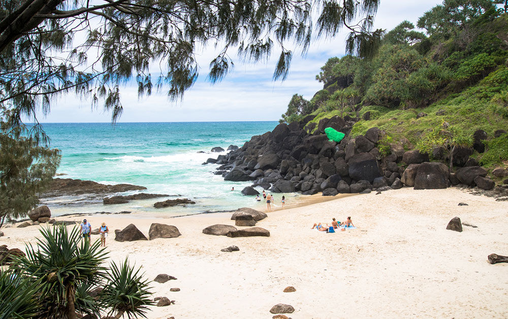 Froggy's-Beach-sourced-via-https://www.theurbanlist.com/goldcoast/a-list/secret-swimming-spots-on-the-gold-coast