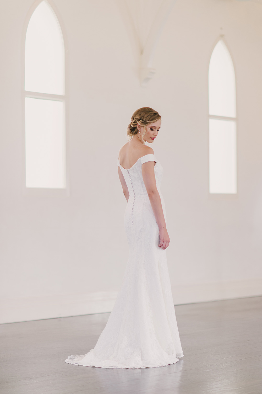 Wendy-Makin-Bridal-Designs-pg53-Winter17