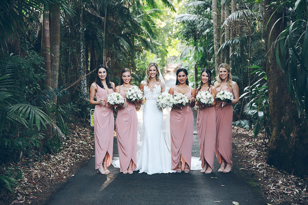 Donay and her bridesmaids