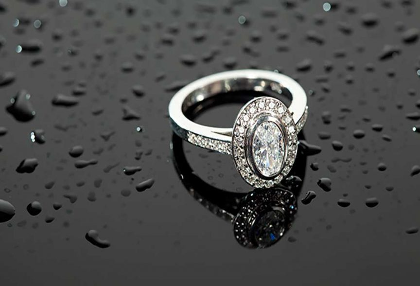 Oval-shaped diamond wedding ring from Crown Family Jewellers