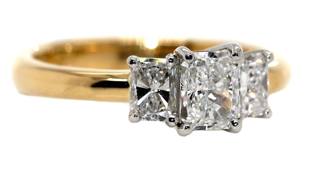 engagement rings - the side story