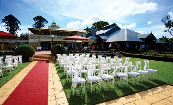 Hinterland wedding: Outdoor wedding at Flaxton Gardens