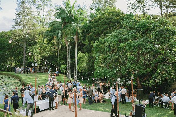 Hinterland wedding: Wedding guests at EcoStudio Fellini