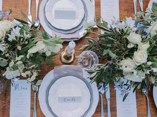 Garden wedding reception table setting