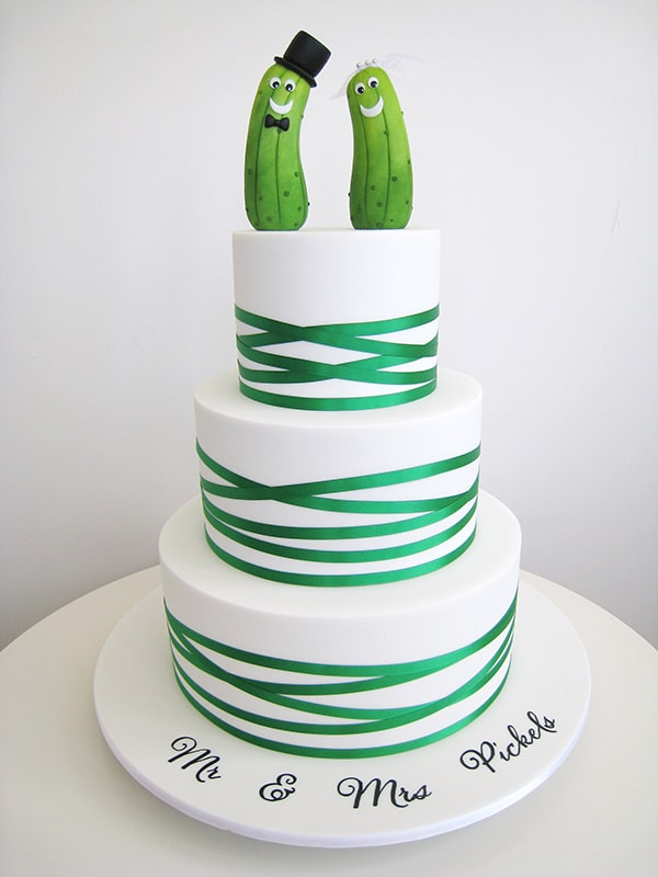 green and white 3 tier wedding cake