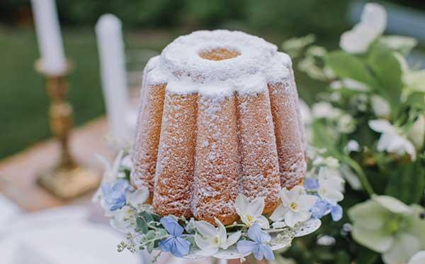 Cake inspiration for a garden wedding.