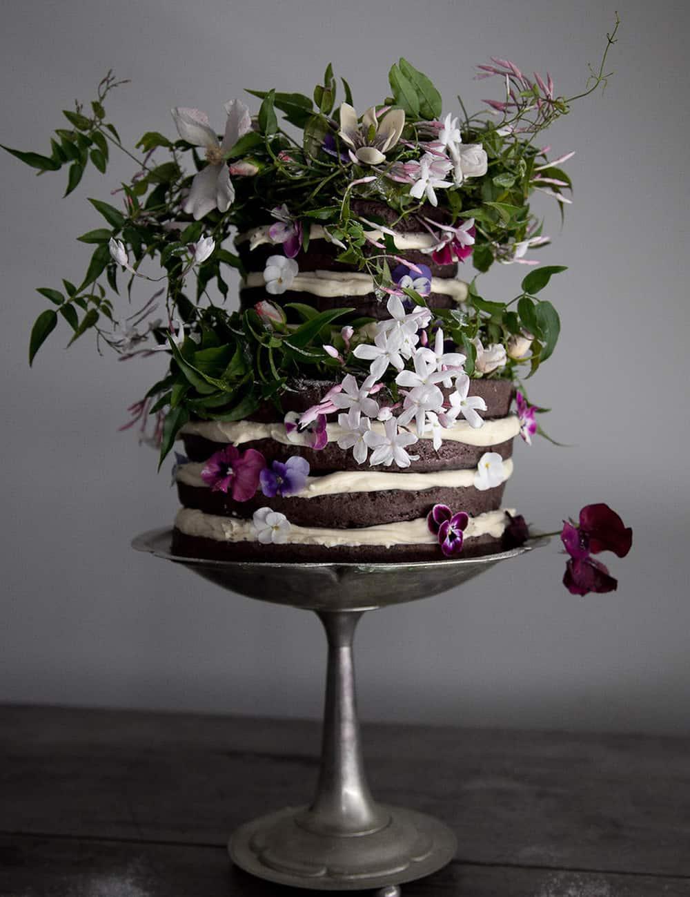naked wedding cake by Gillian Bell