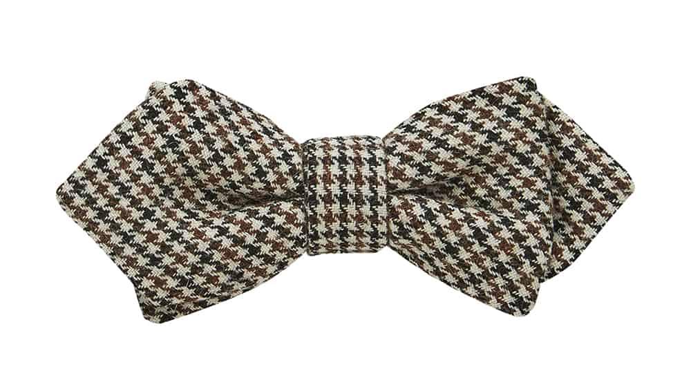 GROOM STYLE: Tweed bow-tie from www.buckle.com.au