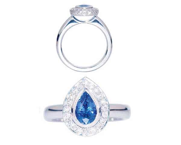 Pear shaped diamond ring with blue diamond + Round diamond ring