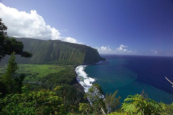 Hawaii as a honeymoon destination.