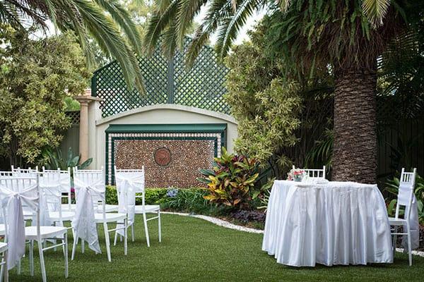 A Redcliffe garden wedding