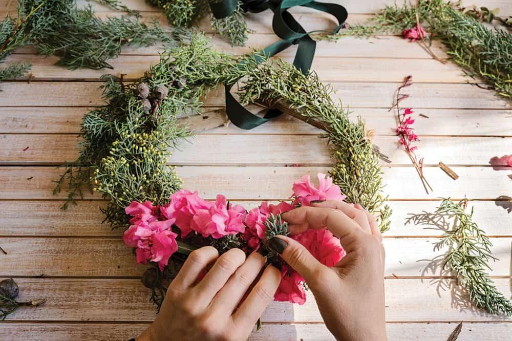 a DIY floral bomboniere