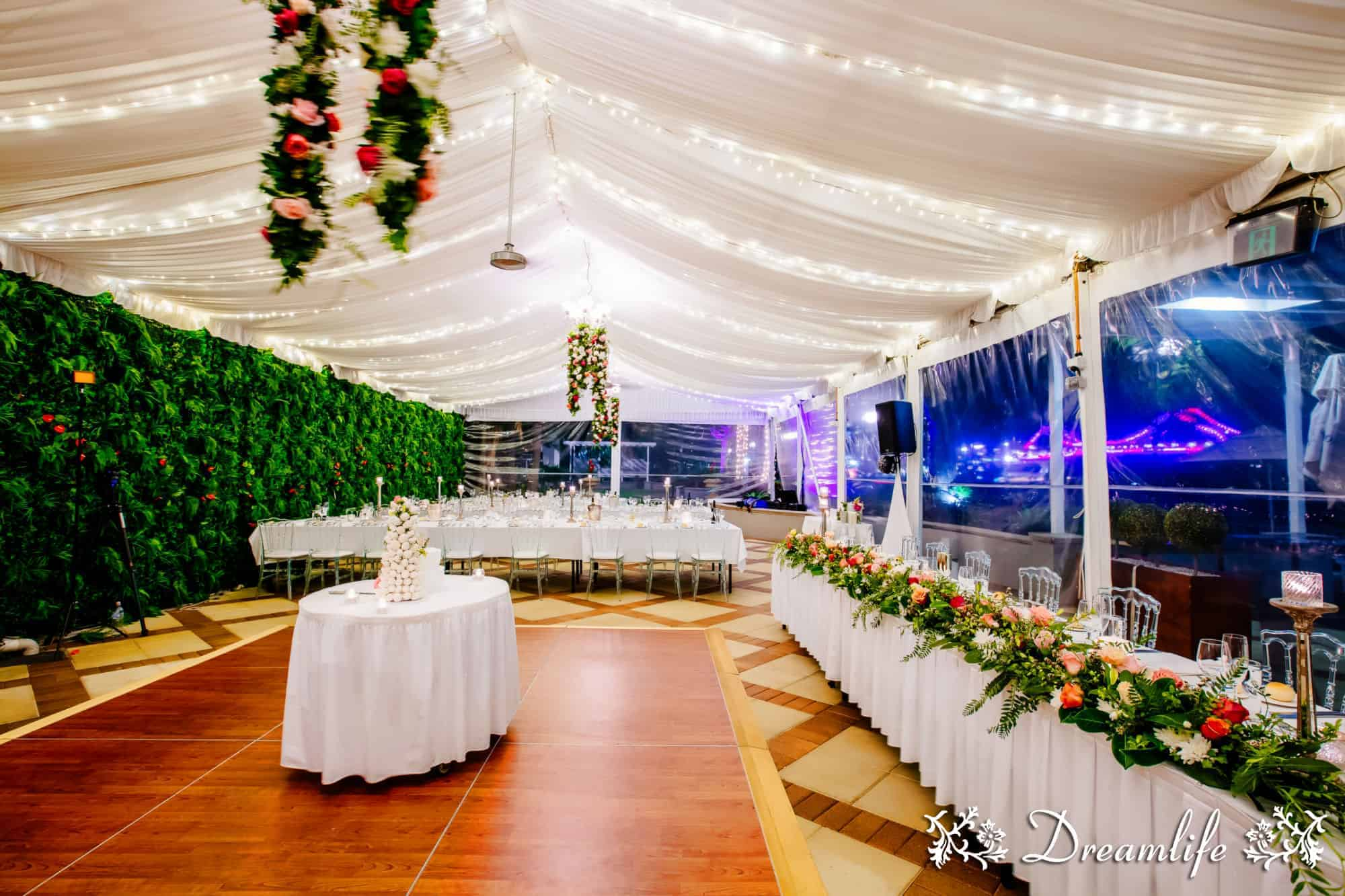 Stamford plaza brisbane queensland brides prevnext junglespirit Image collections