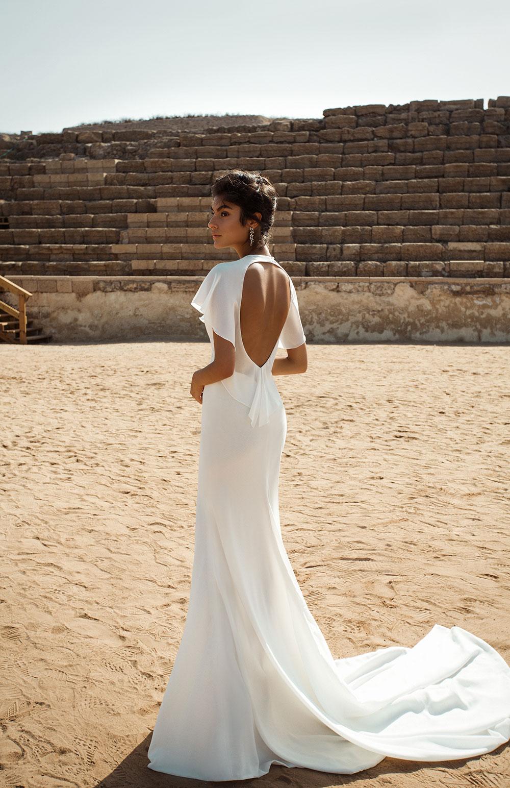 Minimalist bride: Galia-Lahav