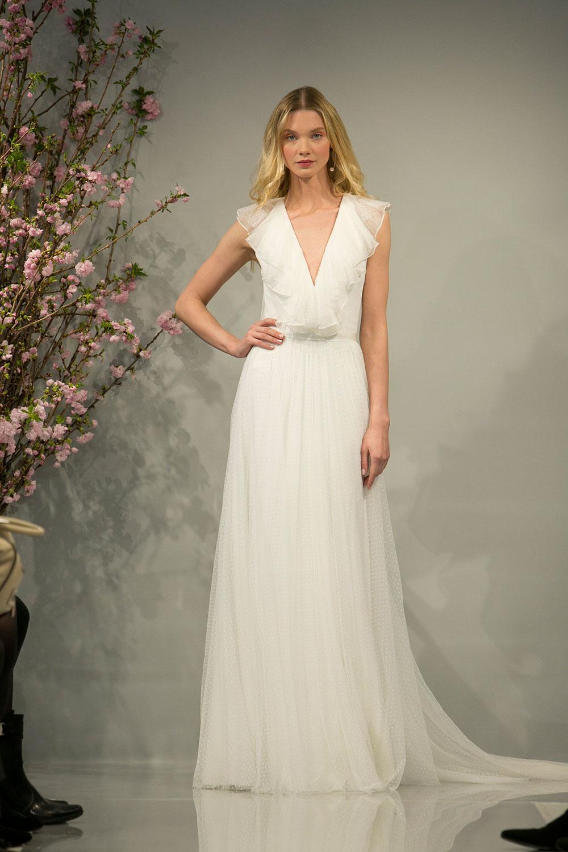 Minimalist bride: THEIA