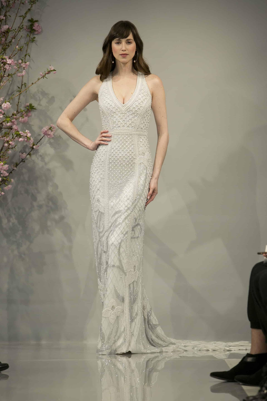 Low-neckline dress inspo