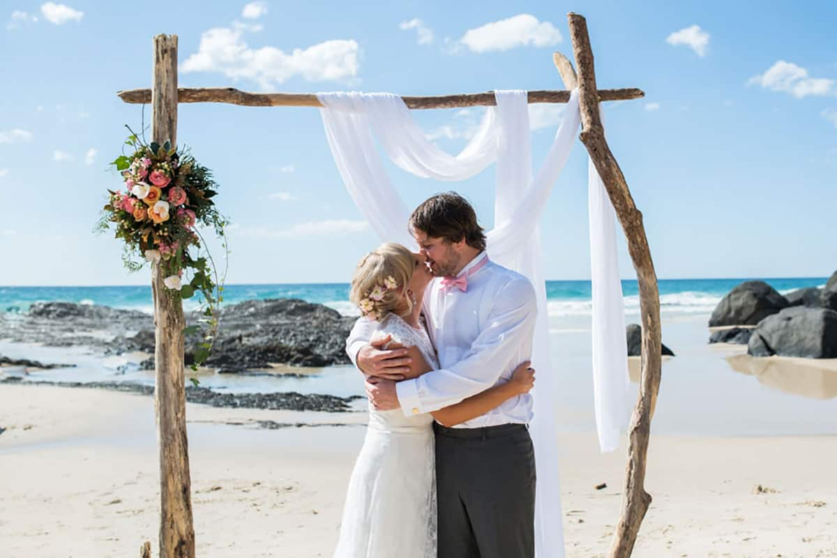 Sourced via https://debboots.com.au/planning-the-perfect-beach-wedding-photos-byron-bay-sunshine-gold-coast/