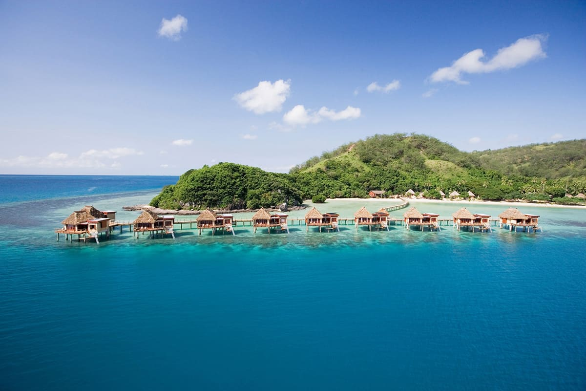 Fiji-Likuliku-Overwater-hero