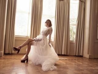 onedaybridal-1985-wedding-dress-collection-luxton-2