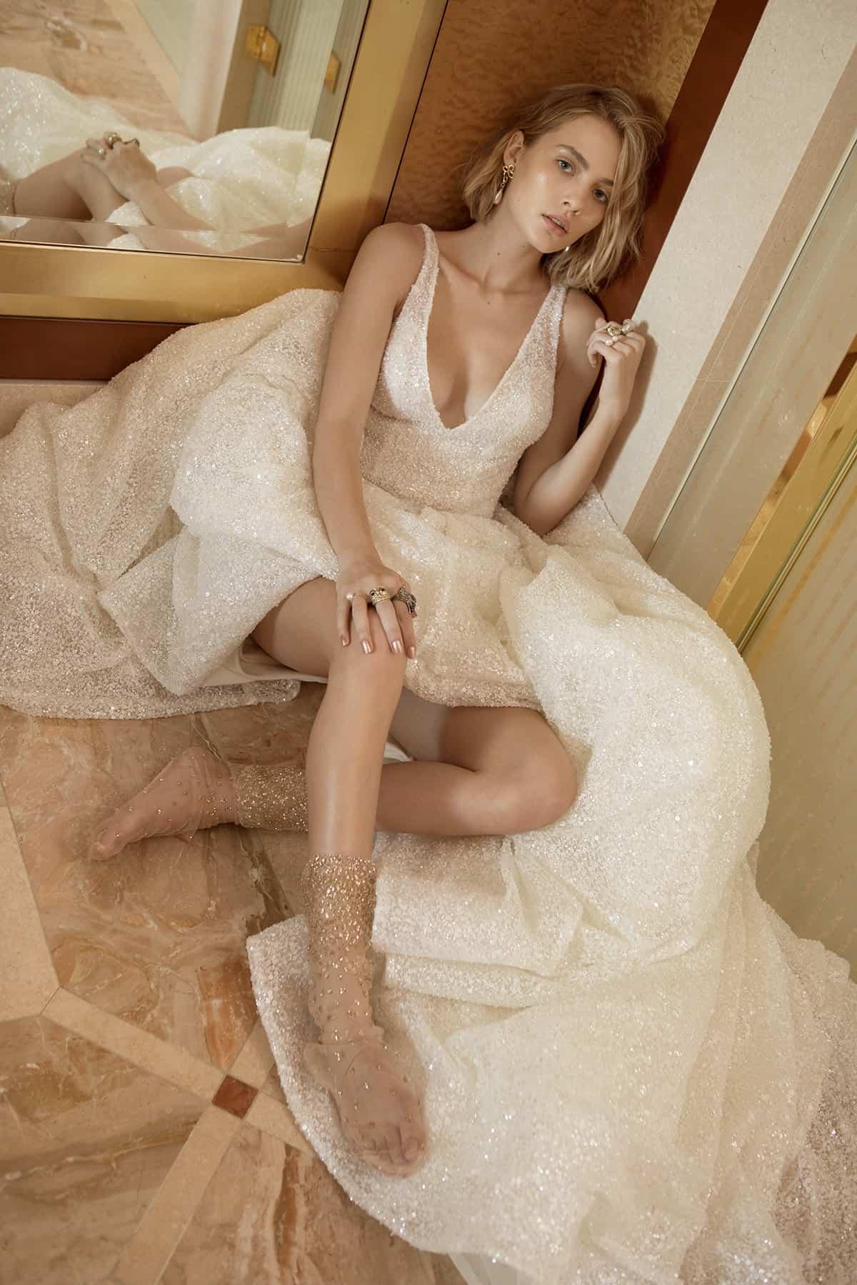 onedaybridal-1985-wedding-dress-collection-pfeiffer