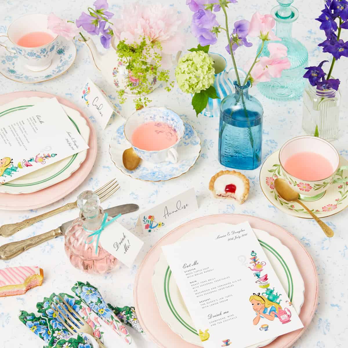 05.18_TheFold_WeddingTableSettings_VintageQuirky_social