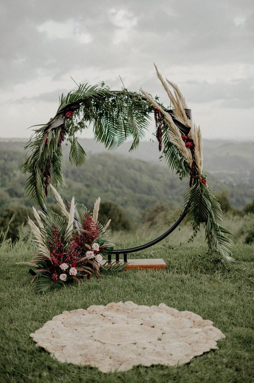 circle wedding arbour