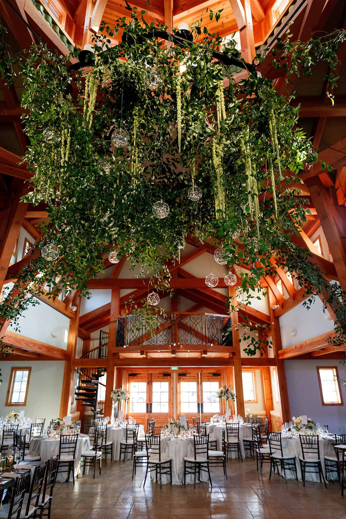 Ready-Set-Reception-Lavish-Modern-greenery-chandelier-Jenny-DeMarco-Photography