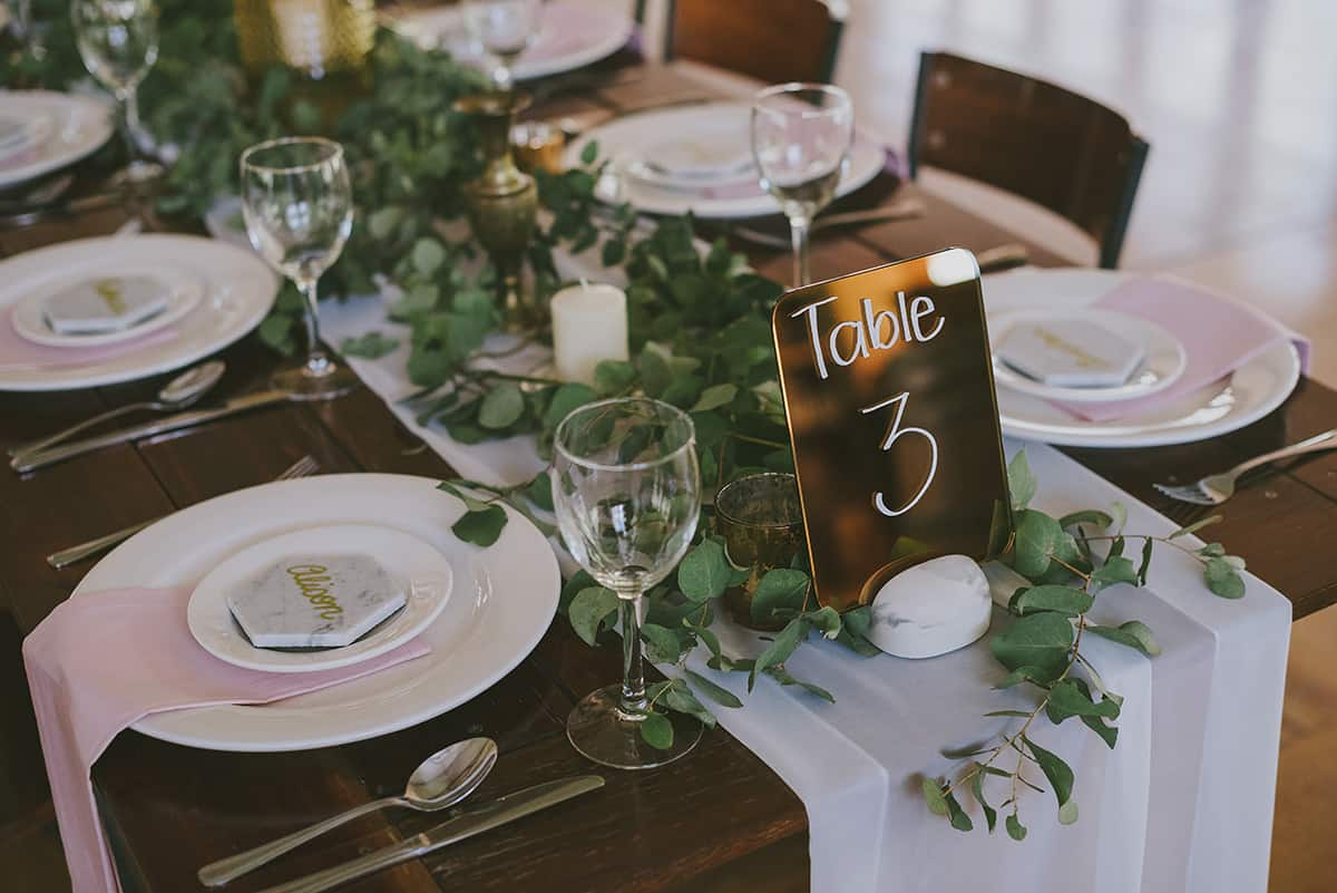 Ready-Set-Reception-Country-Chic-02