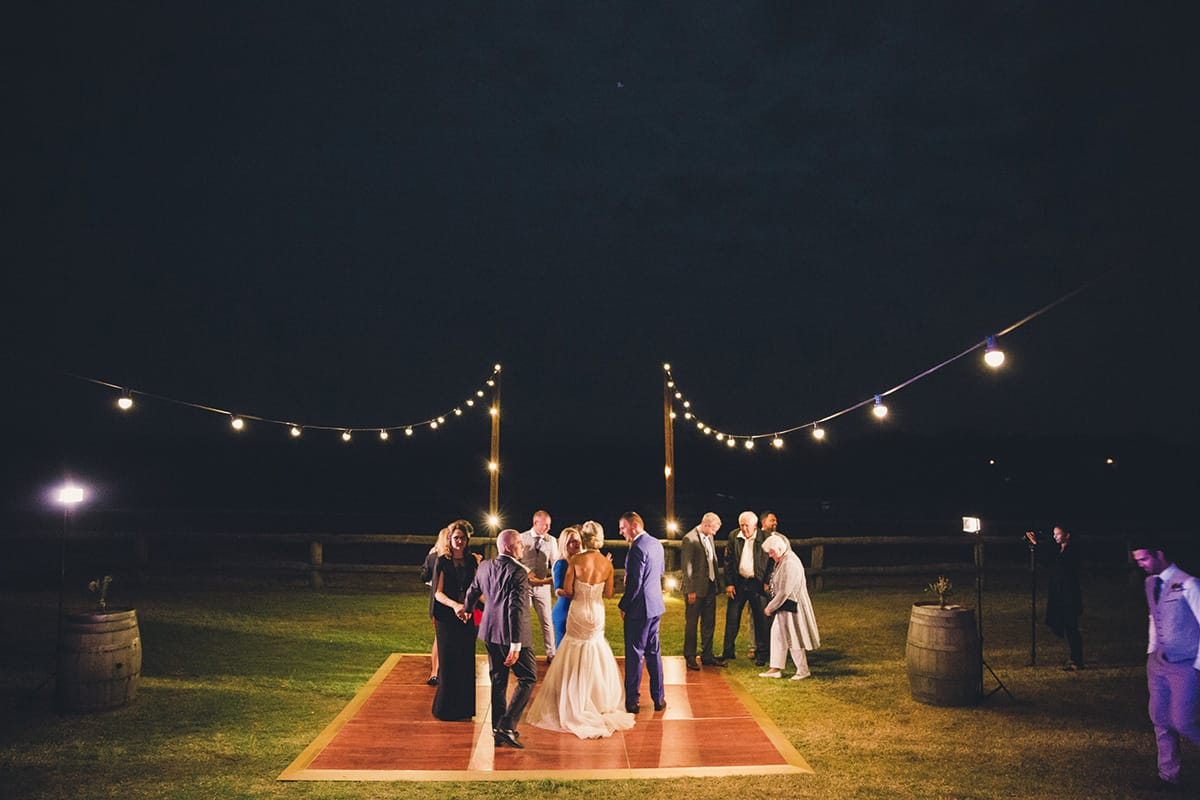Ready-Set-Reception-Country-Chic-05