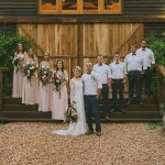 How to create a country chic setting for your wedding