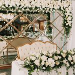 How to create a classically romantic wedding