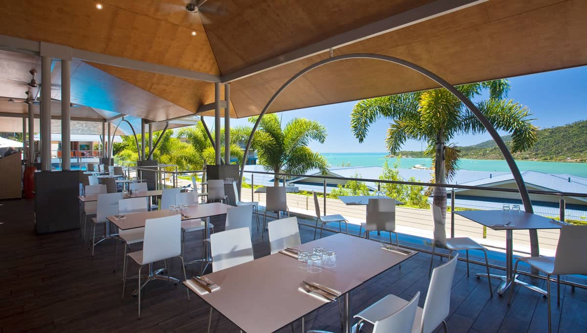 luxury for lovers airlie beach accommodation for honeymoons