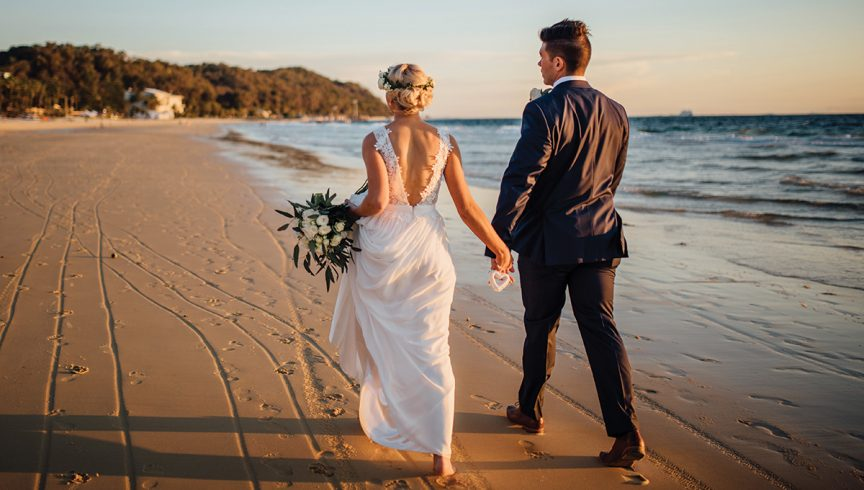 Tangalooma-destintion-wedding-famil-feature