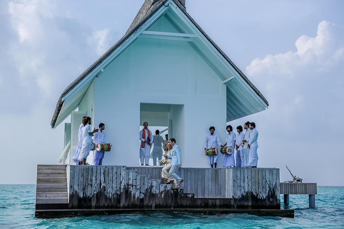 Brisbane-City-Celebrants-Maldives-Vow-Renewals-(40)
