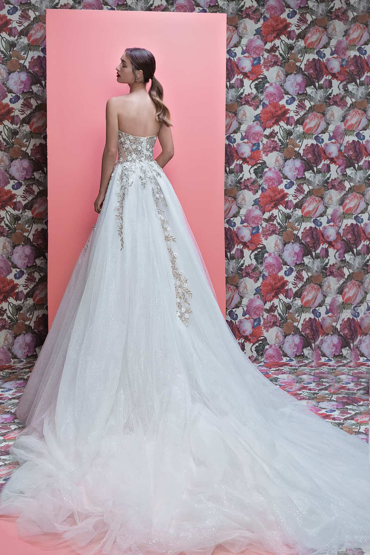 Galia-Lahav-Queen-of-Hearts-collection-Aelin-B
