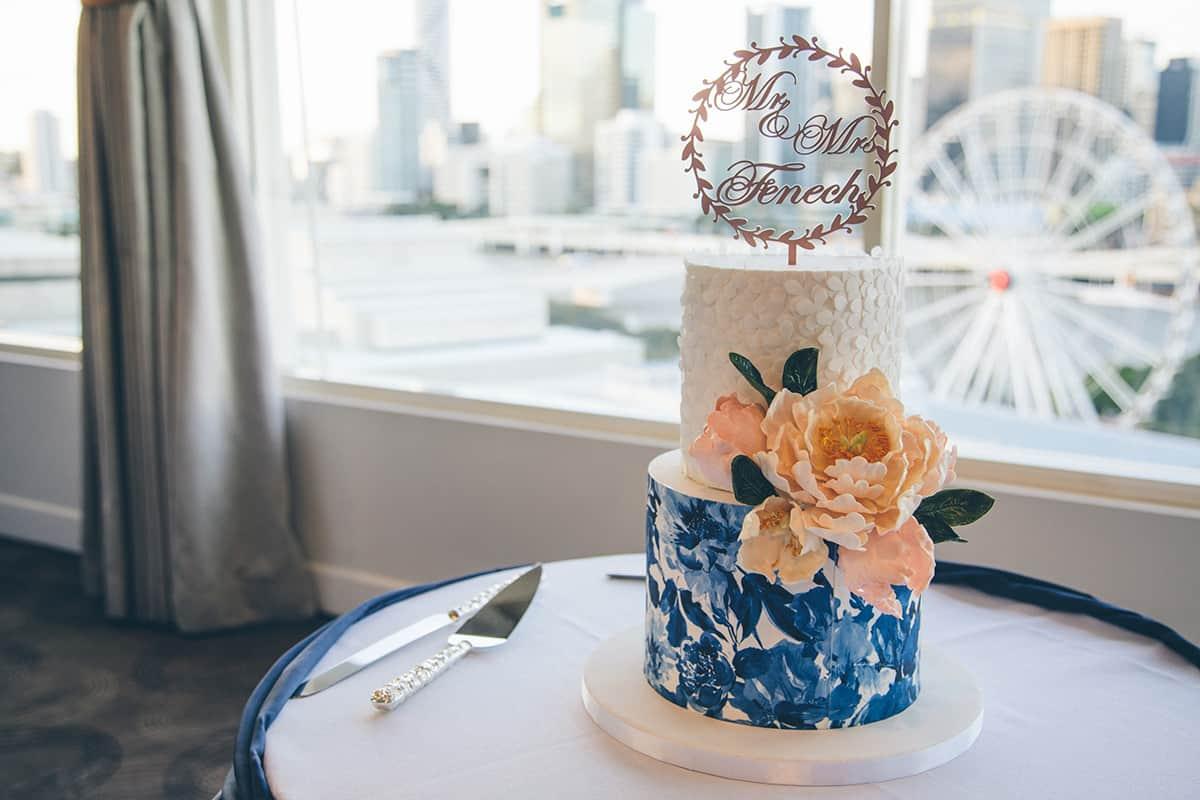 Courtney-Sam-RW-cake