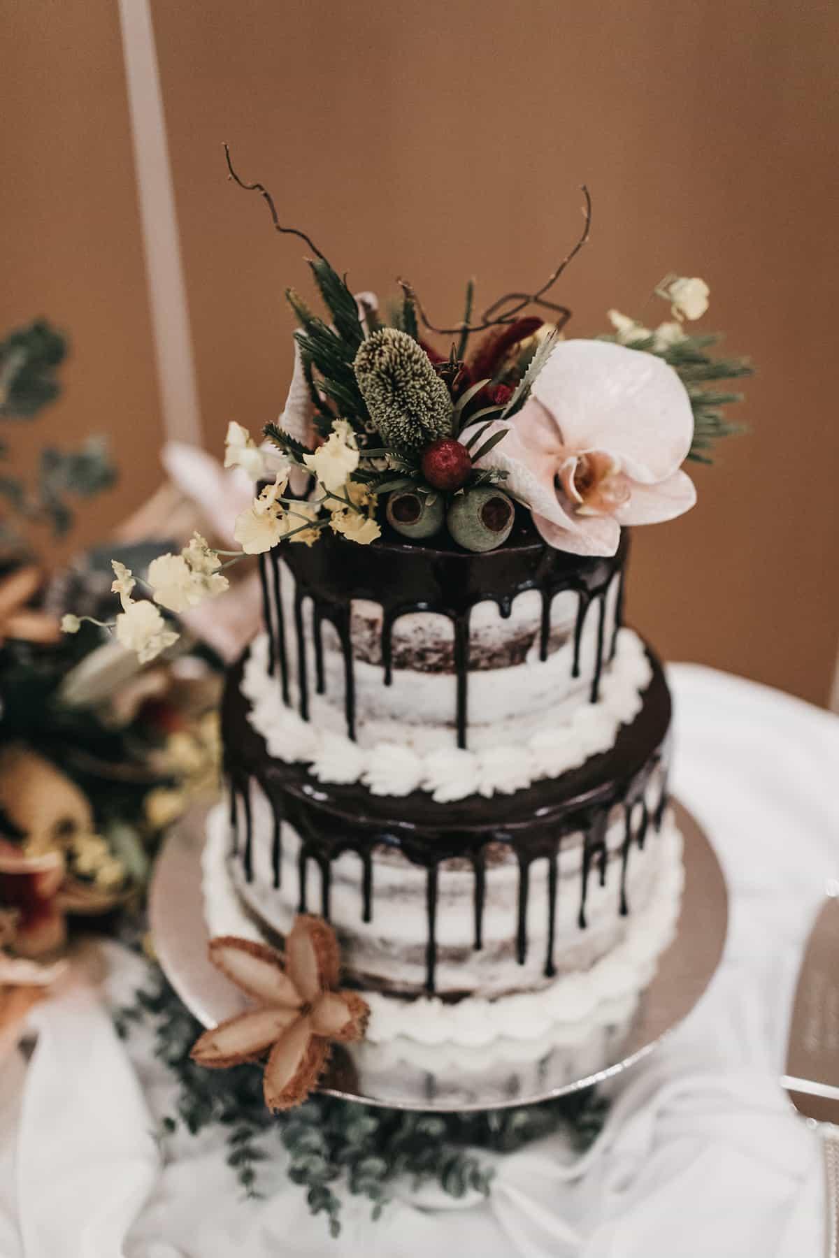 Emily-Nathan-rw-cake