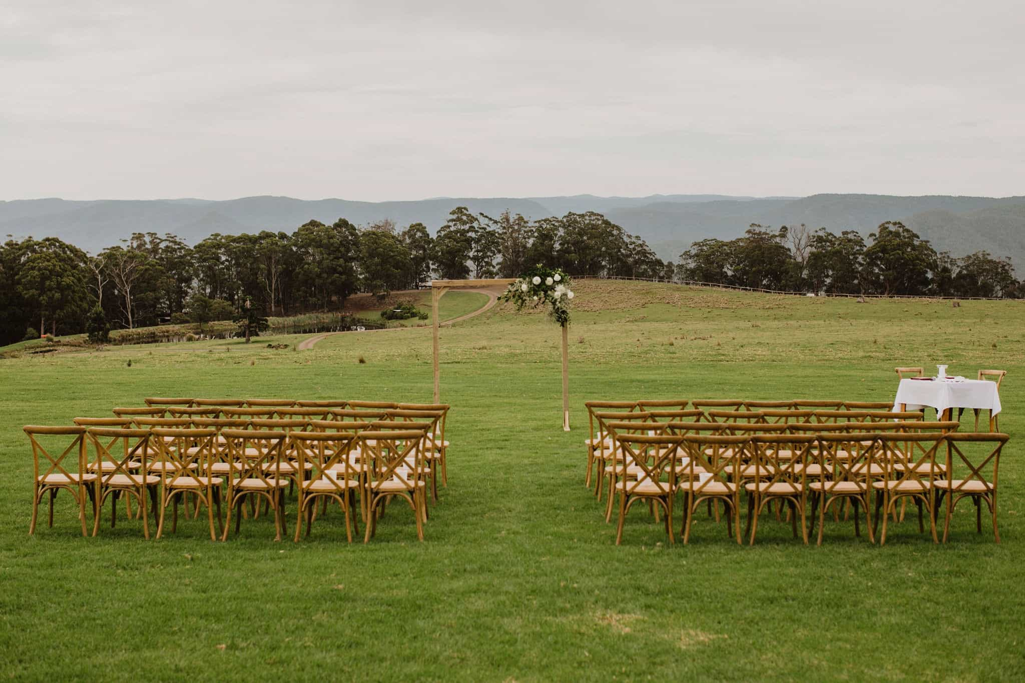 The ceremony setting at Spicers Peak Lodge