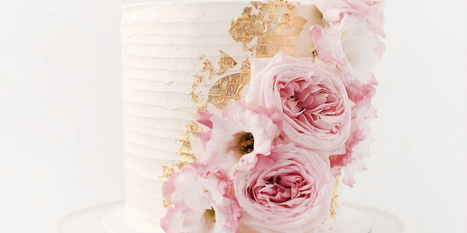 What you need to know about wedding cakes