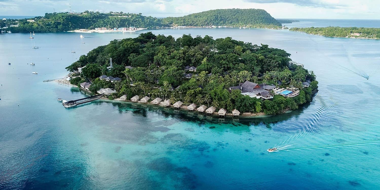 Island honeymoon in Vanuatu at Iririki Resort