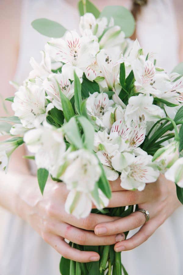 soft and beautiful Alstroemeria winter wedding flower